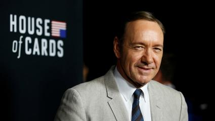 "Kevin Spacey est Frank Underwood dans la série ""House of Cards\""."