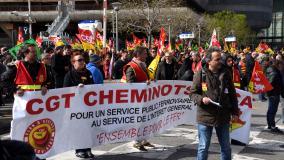 Lors d'une manifestation de cheminots, à Marseille (Bouches-du-Rhône), le 13 avril 2018.