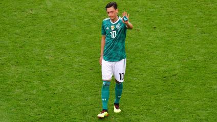 Le footballeur allemand Mesut Özil, à la fin du match opposant l\'Allemagne à la Corée du Sud, le 27 juin 2018 à Kazan (Russie).