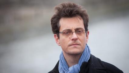 """Florent Gueguen, le directeur de la FNARS, attend du Président qu\'il réponde à \""""la situation de crise\"""" qu\'il \""""apaise le débat\"""" au lieu de \""""créer des polémiques inutiles et dangereuses\"""", (photo du 5 décembre 2012 à Paris)."""