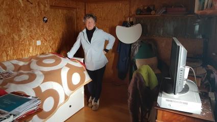 Catherine a délaissé l\'étage de sa maison de Sannois (Val–d\'Oise) pour aménager sa chambre au sous–sol.