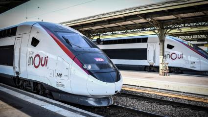 Le trafic TGV fortement perturbé entre Paris et le Sud-Ouest par des salariés d'Arjowiggins, menacée de liquidation