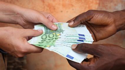 Image d\'illustration. La corruption des élites, un fléau qui n\'épargne aucun pays africain, selon le diplomate mauritanien Ahmedou Ould Abdallah.