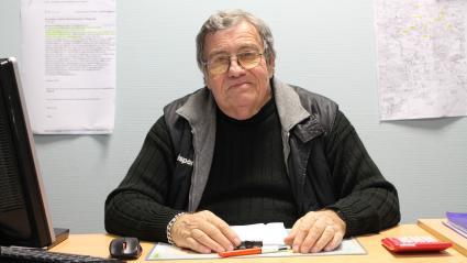 Jean-Pierre Espa, secrétaire général de l'antenne du Secours populaire de La Grand-Combe (Gard), le 21 janvier 2020.