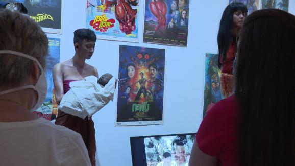 Le fantôme denamnak et de son enfant exposé au Musée départemental des Arts Asiatiques de Nice